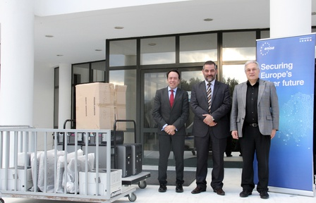 ENISA donates electronic equipment to schools and public bodies in Heraklion