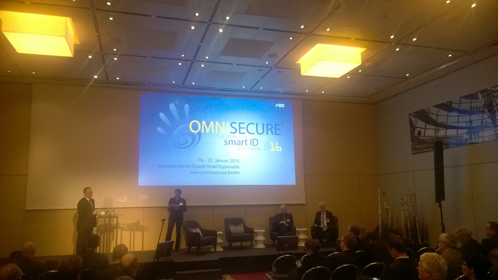 Udo Helmbrecht at OMNISECURE 2016 Panel