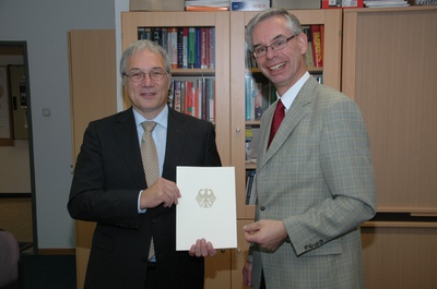 Honorary Prof. Dr Helmbrecht