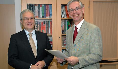 Prof.Dr. Helmbrecht 1