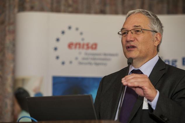 ENISA's Executive Director, Udo Helmbrecht, participates at DE-CIX Customer Summit in Frankfurt